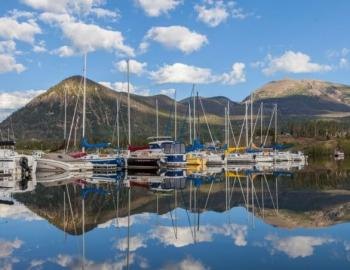 Boating on Lake Dillon near Breckenridge